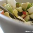 Agurkų ir obuolių salotos