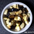 Obuolių ir slyvų salotos