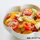 Pomidorų, agurkų ir fetos sūrio salotos