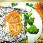 Kepta žuvis su daržovėmis
